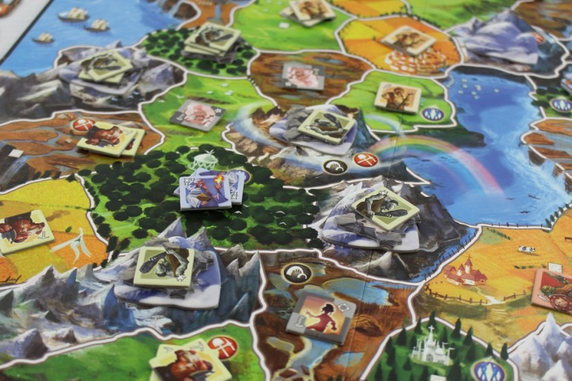 Choose Your Magical Race and Conquer The World With Small World
